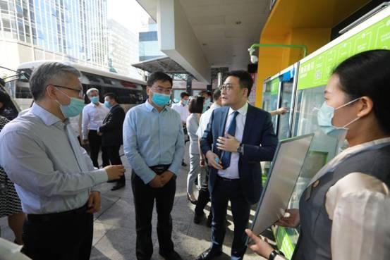 丰台区领导调研金融街公共空间配套品质提升