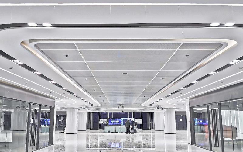 新动力金融科技中心(动物园公交枢纽站装修改造项目)